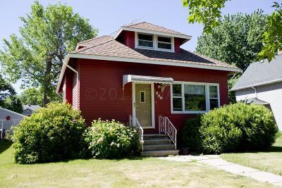 Kindred Single Family Home For Sale: 240 Elm Street