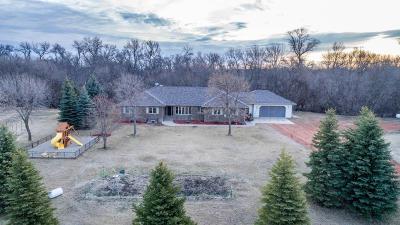 Glyndon Single Family Home For Sale: 7816 43 Avenue N