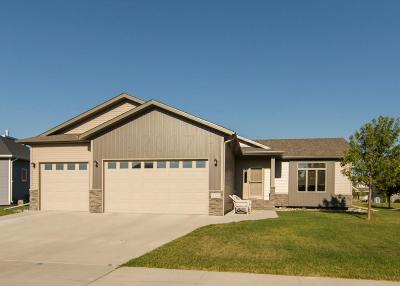 West Fargo ND Single Family Home For Sale: $380,000