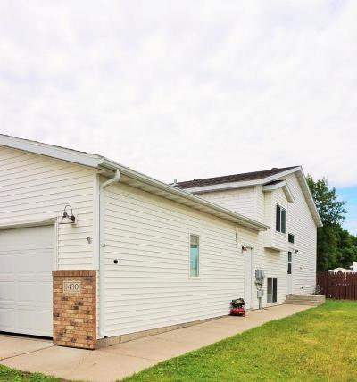 West Fargo Single Family Home For Sale: 1430 Suntree Drive