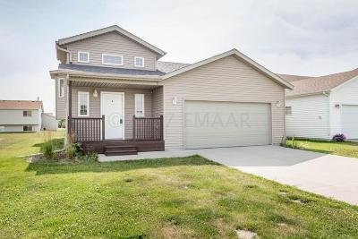West Fargo ND Single Family Home For Sale: $218,900
