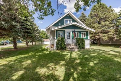 Kindred Single Family Home For Sale: 191 Linden Street