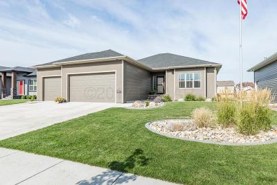 Fargo Single Family Home For Sale: 6857 23rd Street S
