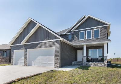 West Fargo ND Single Family Home For Sale: $448,000