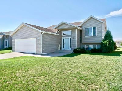 West Fargo ND Single Family Home For Sale: $245,000
