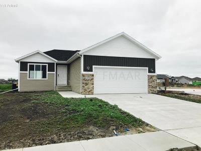 West Fargo ND Single Family Home For Sale: $249,500