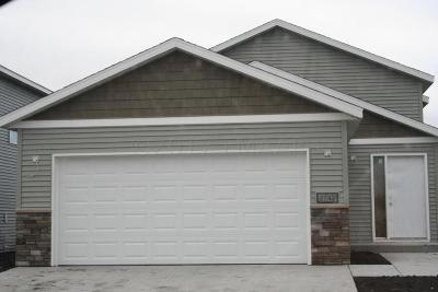 West Fargo Single Family Home For Sale: 2742 Divide Street W
