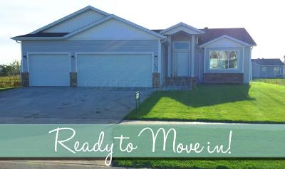 West Fargo Single Family Home For Sale: 2103 12 Street W
