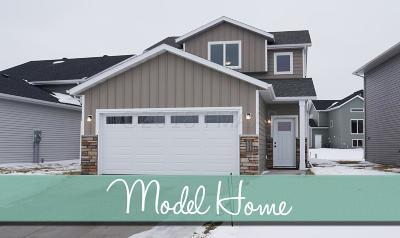 Fargo Single Family Home For Sale: 6235 58 Street S