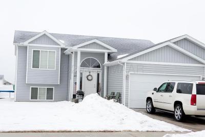 West Fargo Single Family Home For Sale: 4533 11 Street W