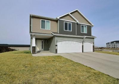 Fargo Single Family Home For Sale: 3339 55th Street S