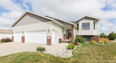 West Fargo ND Single Family Home For Sale: $284,900