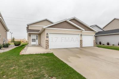 West Fargo ND Single Family Home For Sale: $235,000
