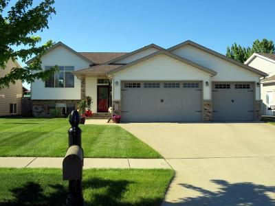 West Fargo ND Single Family Home For Sale: $279,900