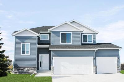 West Fargo Single Family Home For Sale: 1288 Goldenwood Drive