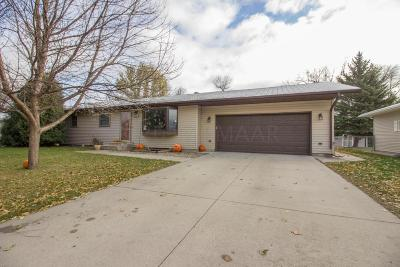 West Fargo ND Single Family Home For Sale: $240,000