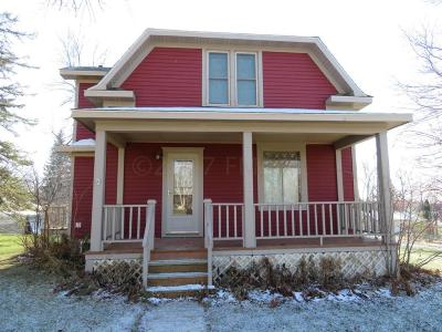 Pelican Rapids Single Family Home For Sale: 212 5th Avenue SE