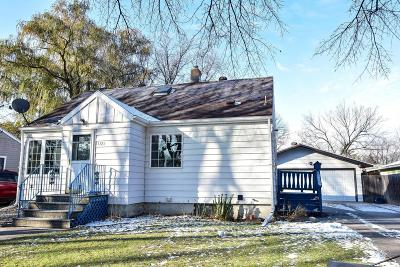 Moorhead Single Family Home For Sale: 1121 10th 1/2 Street N
