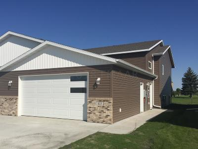 Mapleton Single Family Home For Sale: 63 Cedar Drive