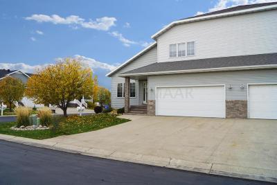Fargo Condo/Townhouse For Sale: 3563 Woodbury Park Drive S