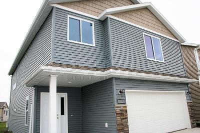 Moorhead Single Family Home For Sale: 3739 32nd Street S