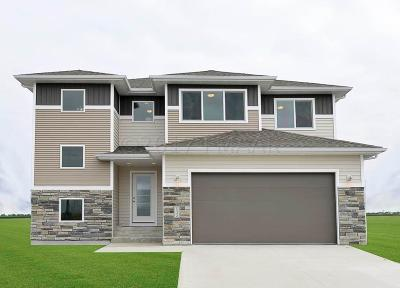 Mapleton Single Family Home For Sale: 377 Carlsbad Avenue