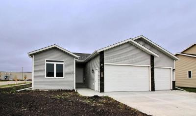 Mapleton Single Family Home For Sale: 346 Spruce Street