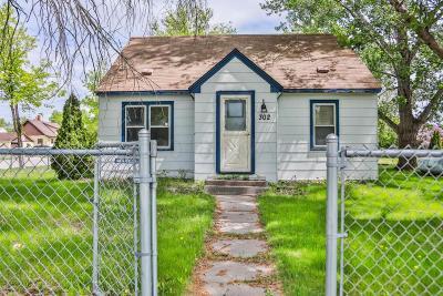 Barnesville Single Family Home For Sale: 302 5th Street SE