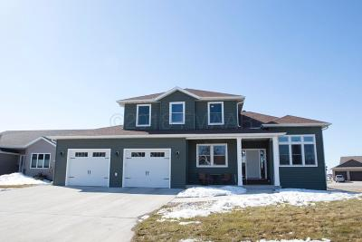 West Fargo Single Family Home For Sale: 205 36 1/2 Ave Place E