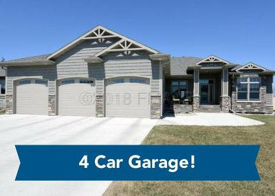 West Fargo Single Family Home For Sale: 832 47 Avenue W