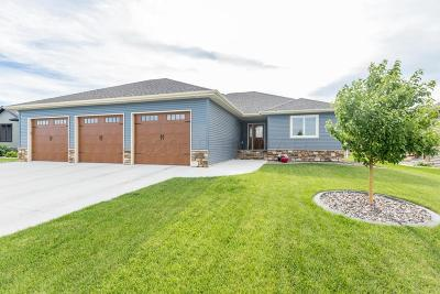 West Fargo ND Single Family Home For Sale: $420,000