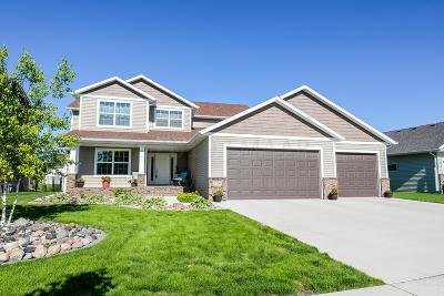 West Fargo Single Family Home For Sale: 3700 Bell Boulevard E