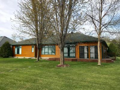 Detroit Lakes Single Family Home For Sale: 1756 East Shore Drive