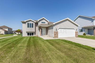 West Fargo Single Family Home For Sale: 3532 8 Street E