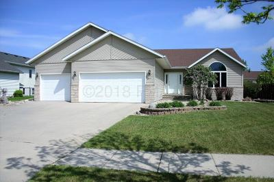 Fargo Single Family Home For Sale: 3311 43rd Avenue S