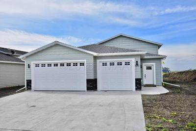 Moorhead Single Family Home For Sale: 1213 44th Avenue S