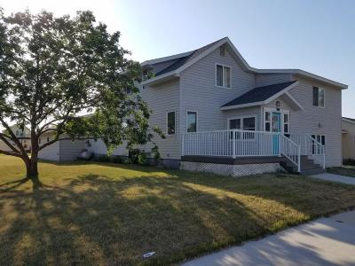 Oakes ND Single Family Home For Sale: $137,000