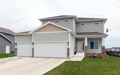 West Fargo Single Family Home For Sale: 3051 1 Street E