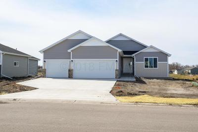 West Fargo ND Single Family Home For Sale: $296,122