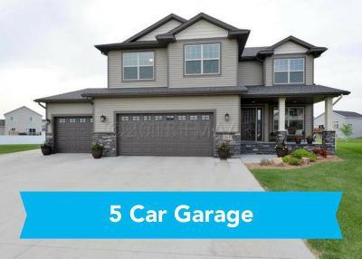 West Fargo Single Family Home For Sale: 445 31 Avenue E