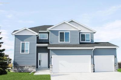 West Fargo ND Single Family Home For Sale: $334,500