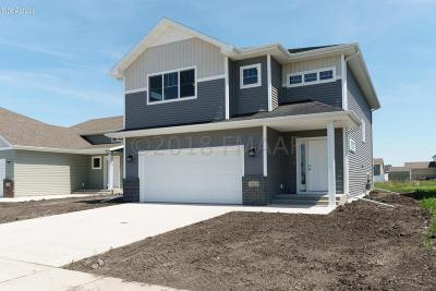 West Fargo ND Single Family Home For Sale: $251,429