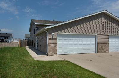 West Fargo Single Family Home For Sale: 958 42 Avenue W