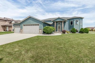 West Fargo Single Family Home For Sale: 908 36th Avenue W