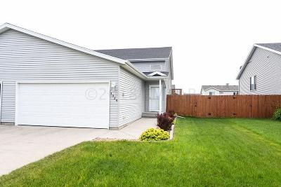 West Fargo ND Single Family Home For Sale: $187,500
