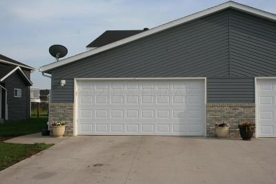 Fargo ND Single Family Home For Sale: $202,000
