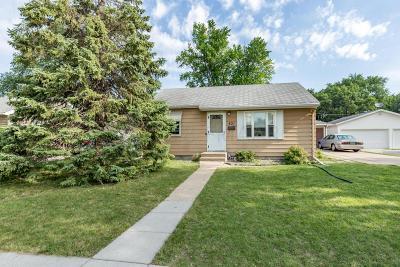 Fargo ND Single Family Home For Sale: $179,900