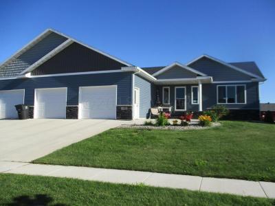 Casselton Single Family Home For Sale: 1362 Morningside Drive