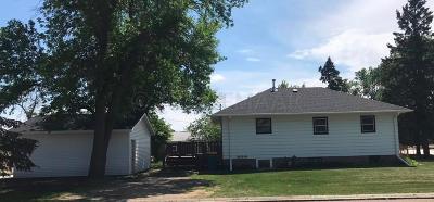 West Fargo Single Family Home For Sale: 29 Center Street