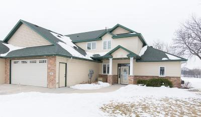 Moorhead Condo/Townhouse For Sale: 407 Caddy Avenue